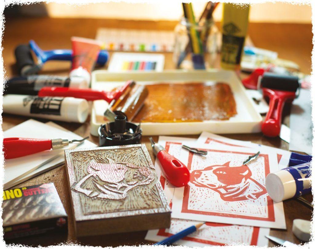 Essdee supplies Pegasus Art with top quality linoprinting kits.